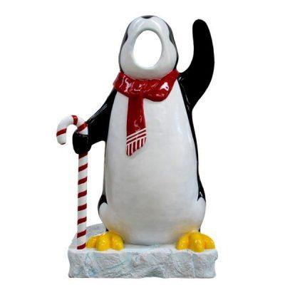 kat1_arctic-penguin-photo-op