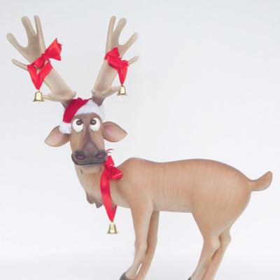 kat1_funny_reindeer_crosslegs