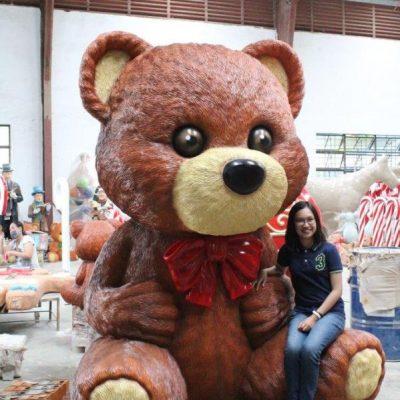 kat1_giant-teddy-bear_2